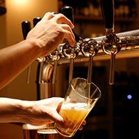 BBQに合わせたクラフトビールとツイストカクテル