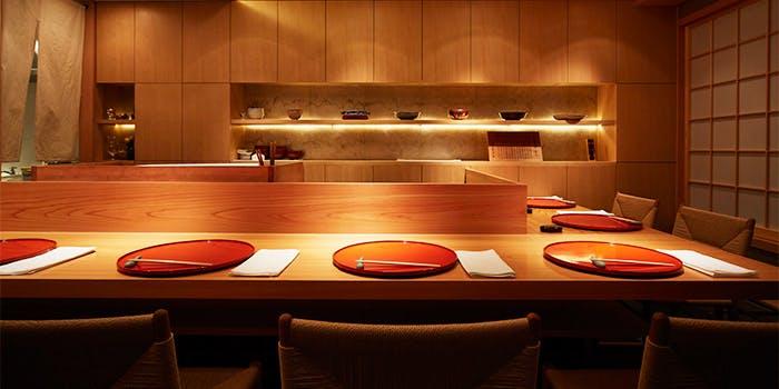 記念日におすすめのレストラン・草津亭の写真1