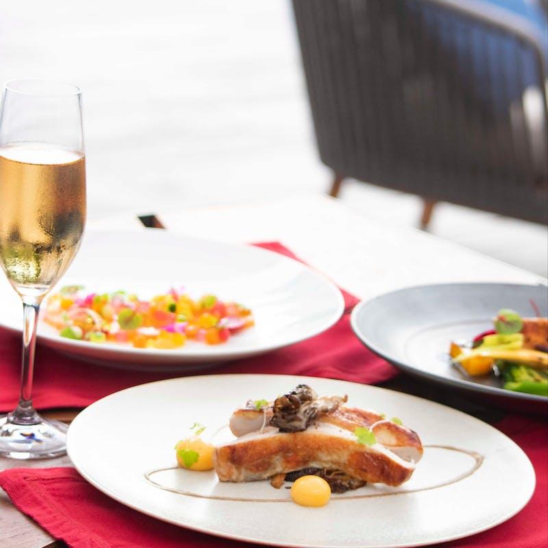 【テイスティングコース】選べるメイン フランスの冬をテーマに+スパークリングワイン1杯付(平日限定)