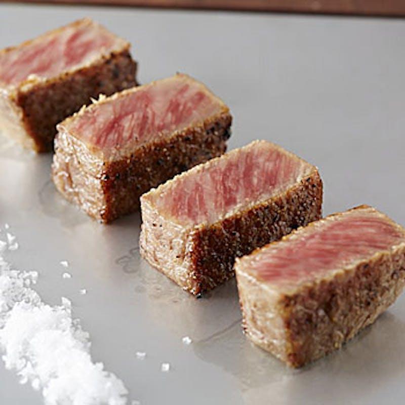【肉懐石コース】サラダ、椀物、メイン料理、デザートなど全7品(1日5組限定・個室確約)