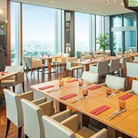 二子玉川エクセルホテル東急の30階に位置するカジュアルレストラン
