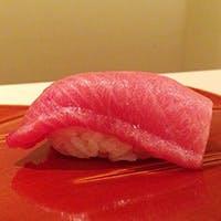 魚は香りが命、にぎりは人肌にこだわる