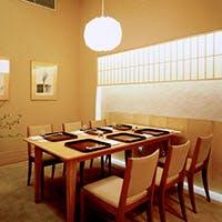 接待や会食に最適な個室も充実