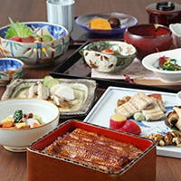 守り継がれる伝統の味と、新しい感動に心躍るお料理