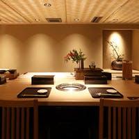 洗練された優美な空間とサービス職人による細やかなおもてなし
