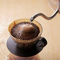 オリジナルブレンド焙煎・店内挽きたてでのハンドドリップコーヒー