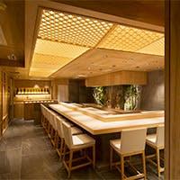 日本の伝統美を表現した雅な空間