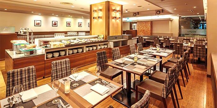 記念日におすすめのレストラン・シャングリ・ラ/東京虎ノ門東急REIホテルの写真2