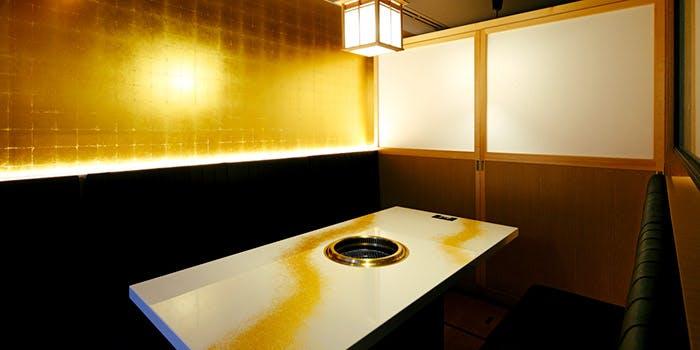 記念日におすすめのレストラン・肉の匠 将泰庵 新日本橋店の写真1