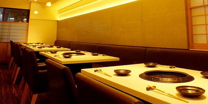 記念日におすすめのレストラン・肉の匠 将泰庵 はなれ 船橋駅前店の写真1