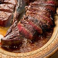 """Food & Wine """"品質、熟成、焼き""""にこだわった極上ステーキ"""