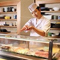あい田本店の若き店長の握る赤酢の鮨