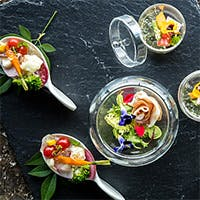 伝統を踏まえ革新に迫る、銀座の地にふさわしい最高峰の美食