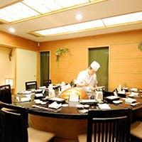 カウンター席で味わう絶品天ぷら