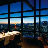 お料理とワインを引き立てる、最高の景色と夜景