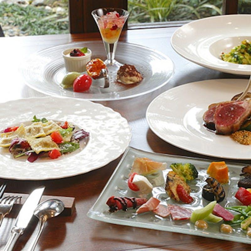 【シェフおまかせ特別コース】旬の食材で仕上げるオリジナル贅沢ランチコース