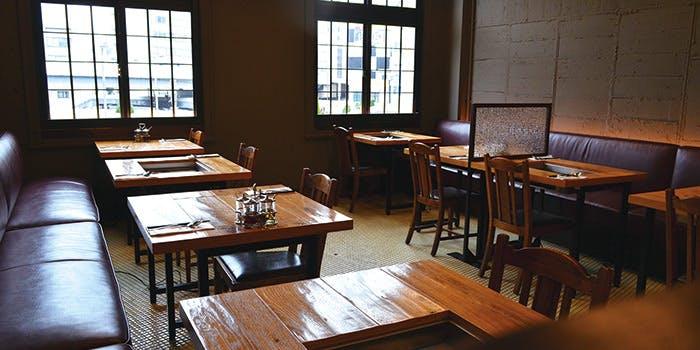 記念日におすすめのレストラン・マンゴツリーカフェ上野の写真1