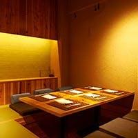 個室完備。お座敷・掘りごたつにて接待・ご家族での利用可能な空間