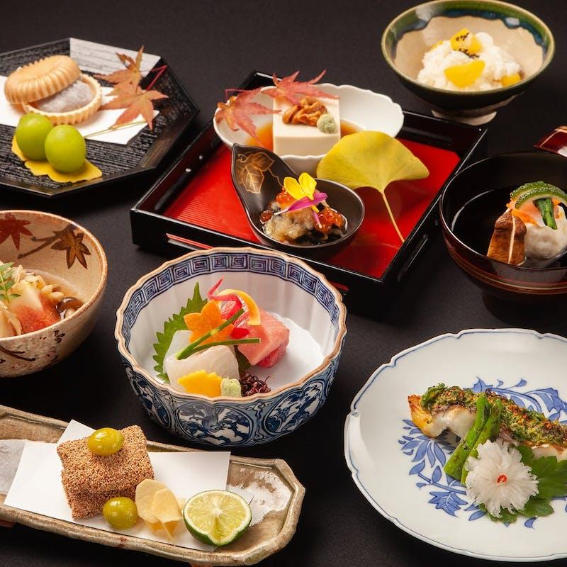 【桐】お造り 焼物 お食事 デザート など全8品+スパークリングも選べる1ドリンク(9名様~)
