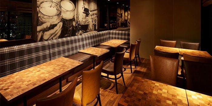 記念日におすすめのレストラン・クラフトビアハウスモルト 梅田店の写真1
