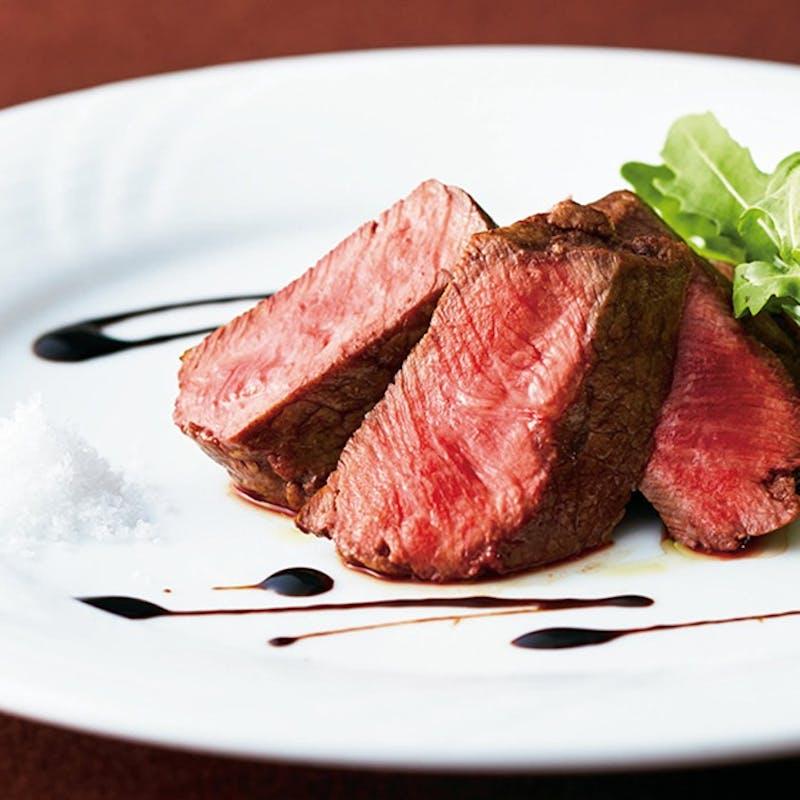 【記念日ご褒美ランチコース】前菜盛り・パスタ・国産牛ステーキ・デザートなど 全7品+乾杯スパークリング