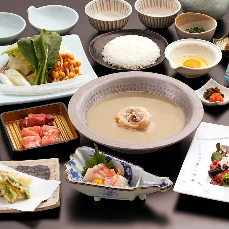 【鳳凰コース】メインは華味鳥水たき ほか刺身盛り、逸品料理など