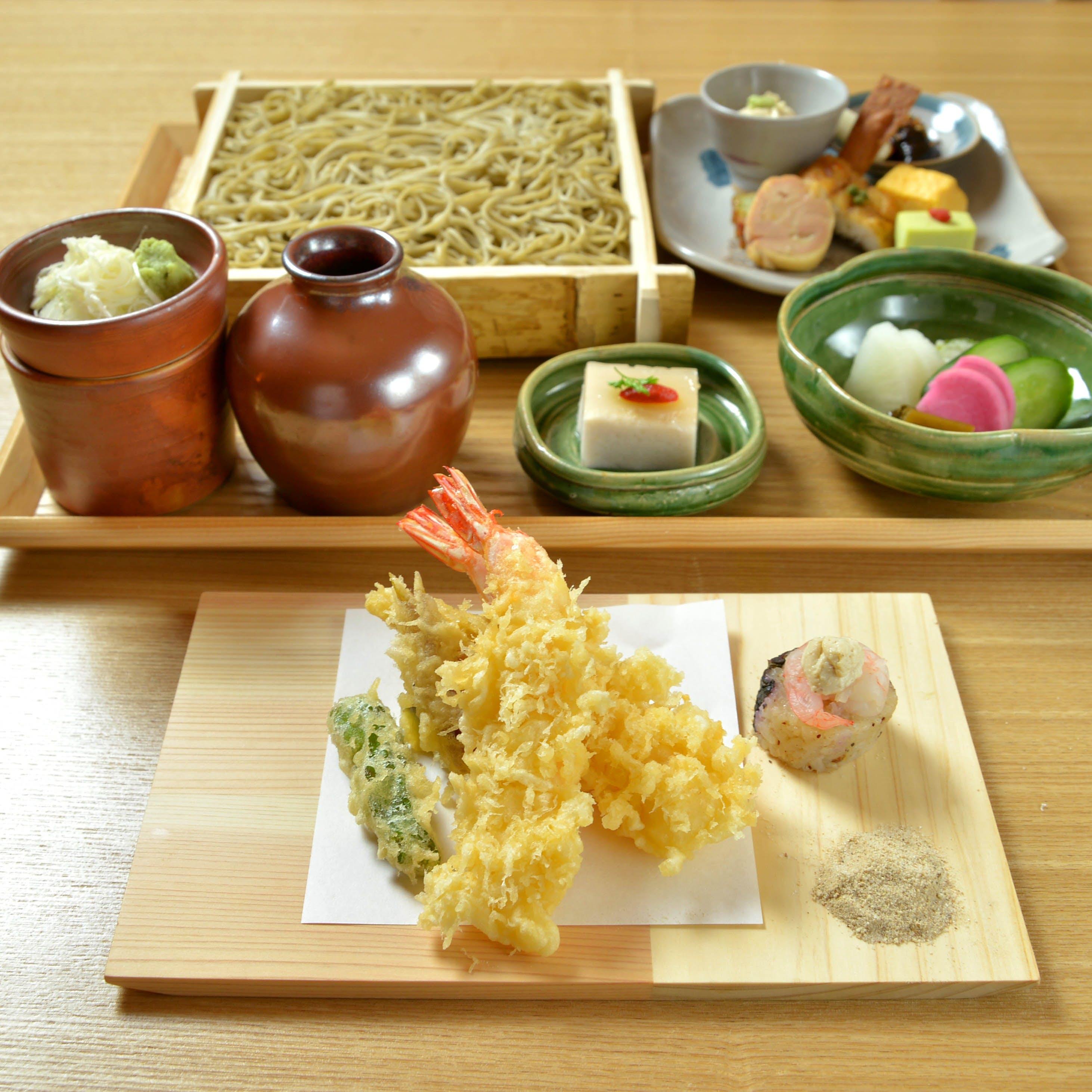 自家製九一蕎麦をから目のたれで仕上げた江戸前蕎麦 素朴で美味いつまみと豊富な地酒