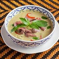 日本の優れた食材とタイ料理の融合で安心で美味しい料理を