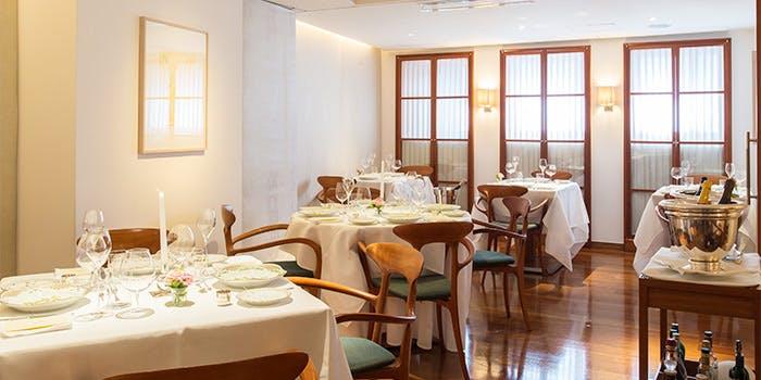 記念日におすすめのレストラン・リストランテ 濱崎の写真1