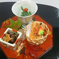 信州の爽やかな気候と新鮮な食材をなにわの味で