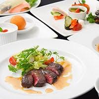厳選した新鮮な食材を使用したお料理の数々