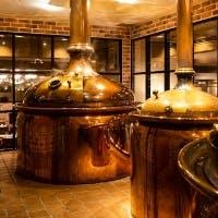 ホテルの地下にビール醸造所併設レストラン