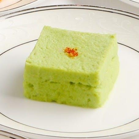 レイ家菜の代表作 翡翠豆腐