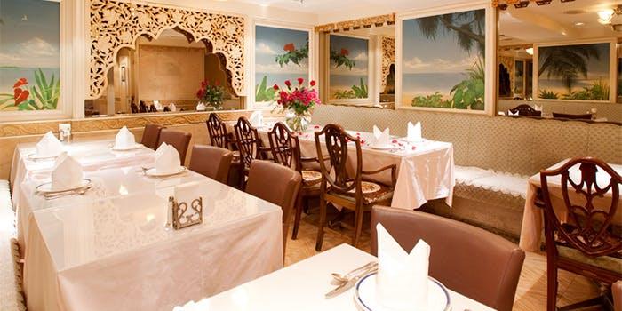 インドの貴族料理を堪能「ラージマハール 銀座本店」