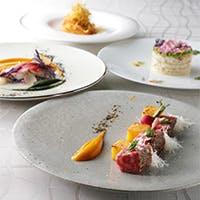 ハレの日を彩る料理は、産地や旬にこだわり、厳選された食材を使用