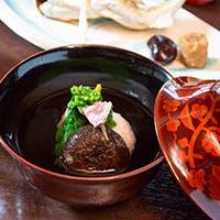 爽やかな風薫る軽井沢の地で、老舗が織り成す四季折々の京料理をお楽しみ下さい