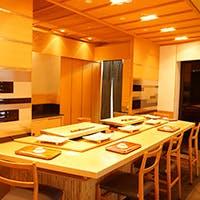 名店の味を「京王プラザホテル」内の優美な空間で