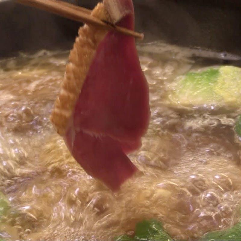 【龍吟鍋セット】龍吟牛ほほ肉と鴨の鍋 2人前+配達料1件3,300円(タクシーデリバリー専用プラン)