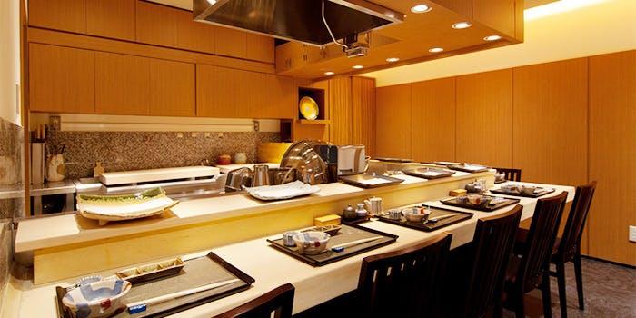 記念日におすすめのレストラン・銀座 天ぷら よしたけの写真1