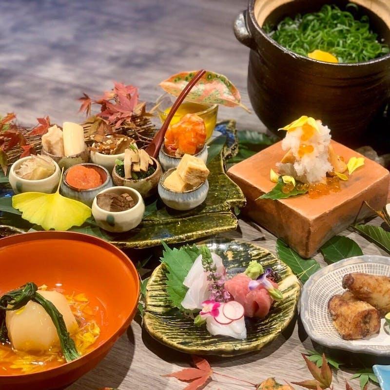 【プレミアムランチコース】季節の小鉢8種や釜炊ご飯など全8品