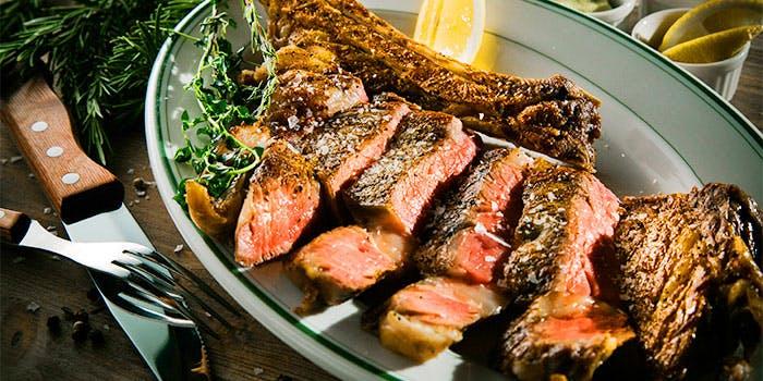 LAZOR GARDEN DINING Grill & Steak