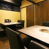 京都木屋町四条から徒歩1分 宴会に嬉しい個室も完備