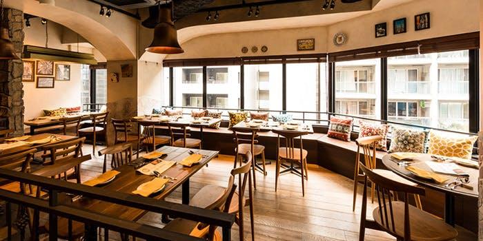 記念日におすすめのレストラン・Taberna de Espana FRAGANTE HUMOの写真1