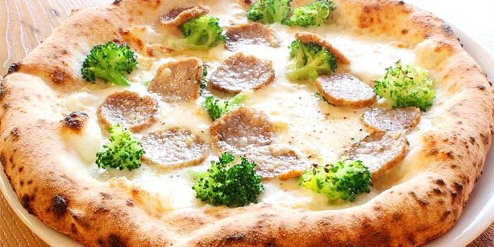 DUMBO  PIZZA FACTORY 横浜