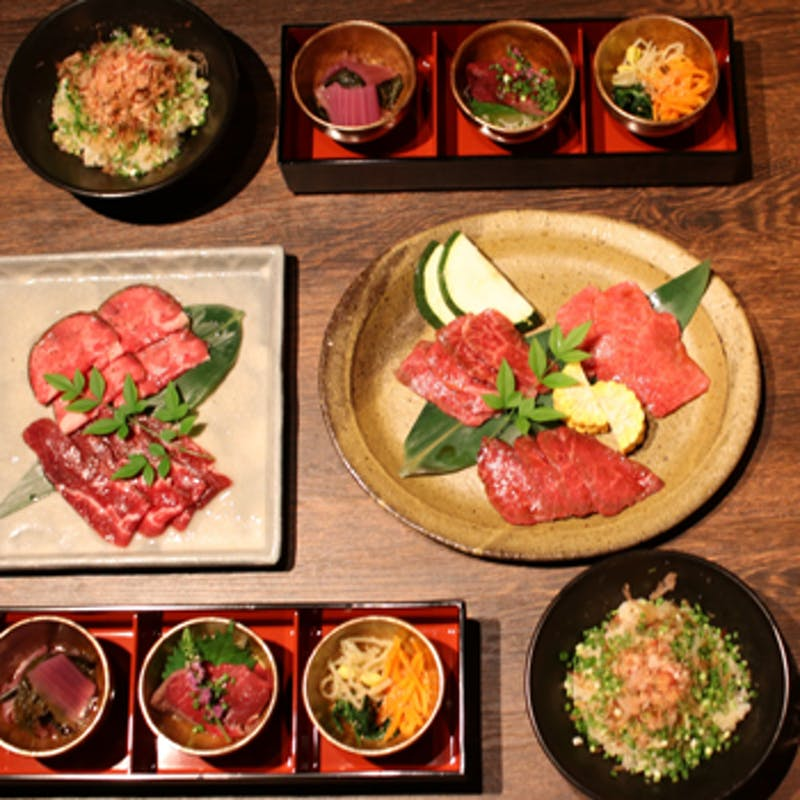 【上撰コース】塩焼き二種、タレ焼き三種、スープ、お食事など全6品(個室確約)