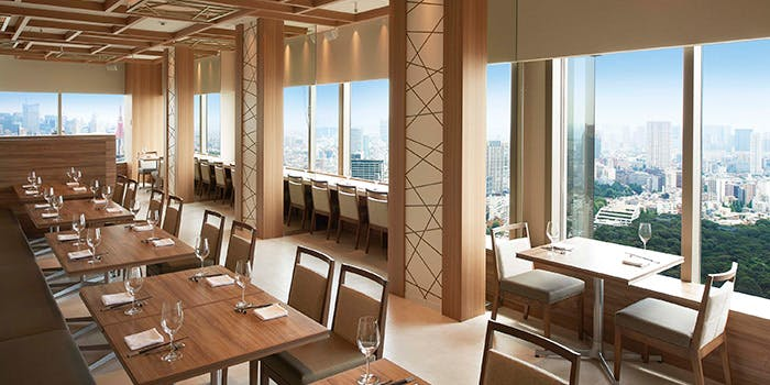 記念日におすすめのレストラン・LUCIS GARDEN 恵比寿の写真1