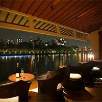 雄大な大川の流れを望む絶好のロケーションで楽しむ フレンチが自慢のレストラン