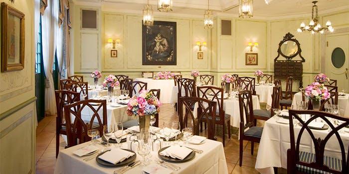 記念日におすすめのレストラン・レストラン アマリアサロンの写真1