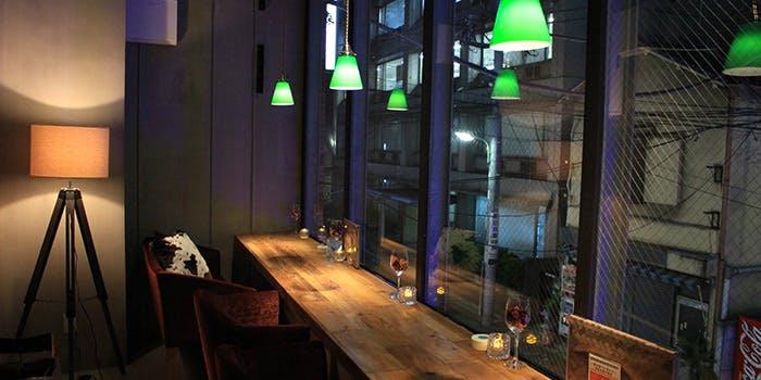 記念日におすすめのレストラン・鉄板串・燻製 MOKU 大森店の写真1