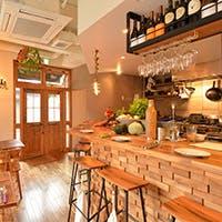 池ノ上・下北沢エリアにありそうでなかった地中海料理とスペイン酒場の融合したお店です